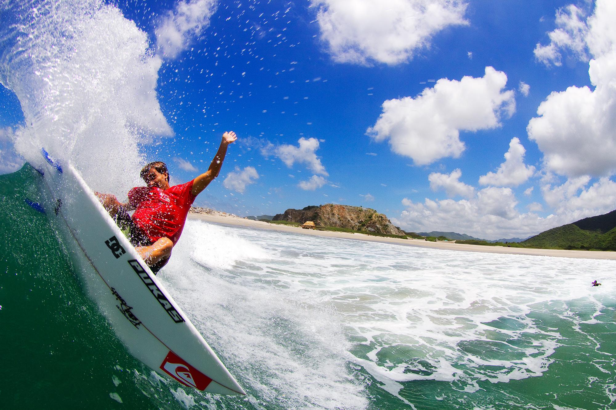 Circuito Mundial De Surf : Aritz aranburu en el circuito mundial de surf escuela de surf las