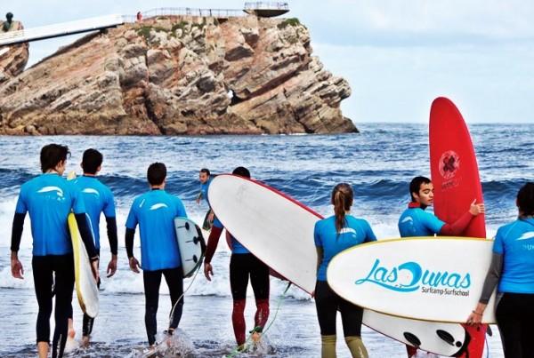 """Manuel Gimeno: """"El surfing mola mucho más. Sin cometas, sin remos: el mar y tú"""""""