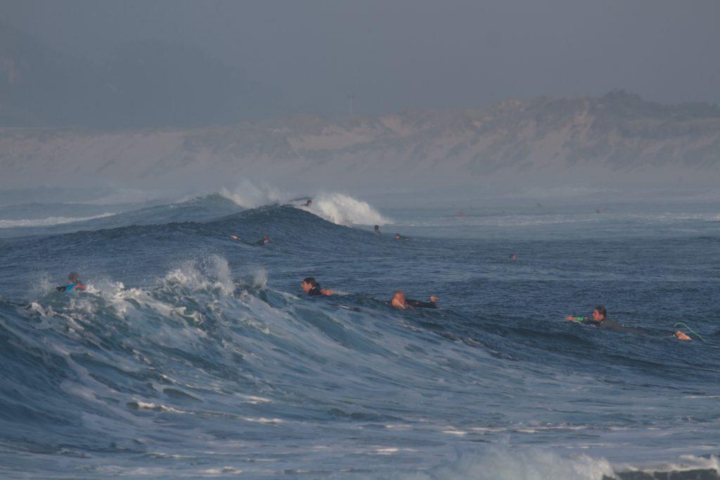 El espect culo debe continuar escuela de surf las dunas for El espectaculo debe continuar