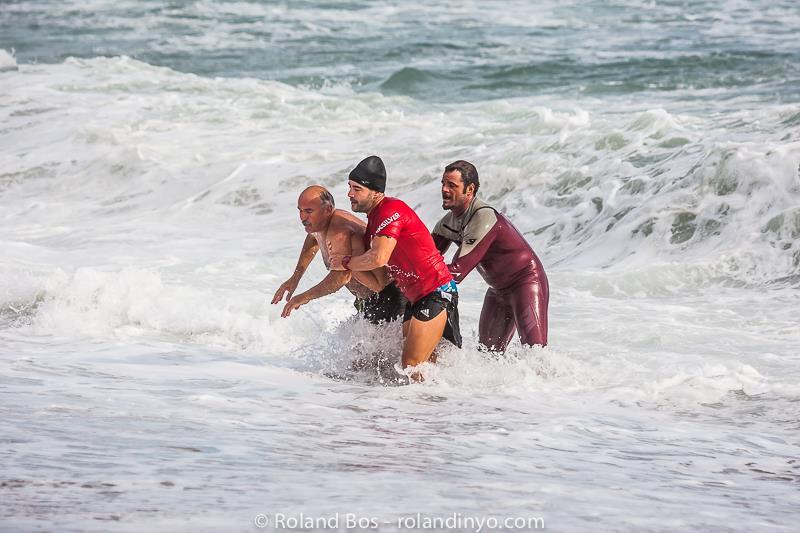 rescate-de-un-banista-surf-07
