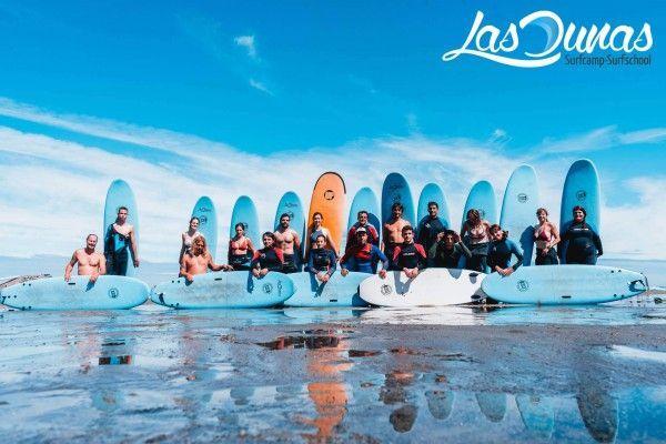 Escuela de surf las dunas en Salinas, Asturias