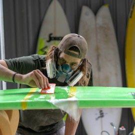 Reparar tabla de surf