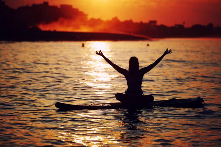 Yoga y surf disciplinas